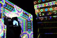 Умный телефон и концерт Стоковое Фото