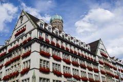 Универмаг Hirmer в Мюнхене Стоковое Фото