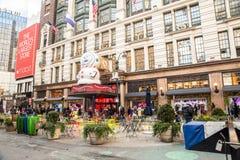 Универмаг Macy's на квадрате глашатого в Манхэттене с дисплеями окна праздника стоковое изображение