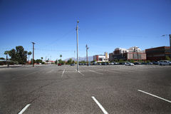 университет стоянкы автомобилей серии Аризоны стоковые фото
