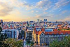 Университет Чарльза и старый городок Праги, чехии стоковое изображение