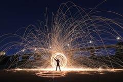 Уникально творческая светлая картина с освещением огня и трубки стоковое изображение