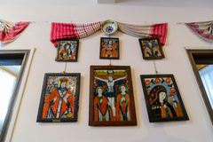 Уникально Sibiel покрашенное на стеклянном музее значка в Трансильвании, Румынии Стоковое Фото