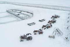 Уникальные старые тракторы стоковые изображения rf