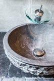 Уникально раковина ванной комнаты в резиденции Стоковое фото RF