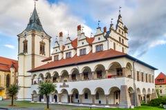 Уникально старая ратуша в городке Levoca, во время пасмурного дня Стоковые Фотографии RF