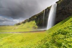 Унылый взгляд Seljalandsfoss стоковое изображение