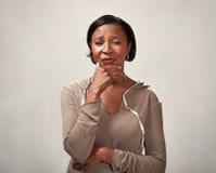 Унылая плача чернокожая женщина Стоковое Изображение RF