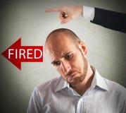 Унылый увольнянный бизнесмен бесплатная иллюстрация