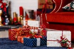 Упакованные подарки рождества стоковое фото rf