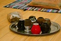 Упакуйте ответную часть yerba, kalabas на подносе Стоковые Фотографии RF