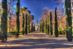 упаденная ангелом статуя Испании retiro парка madrid Стоковые Изображения
