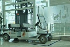 управляемые автомобили батареи Стоковая Фотография