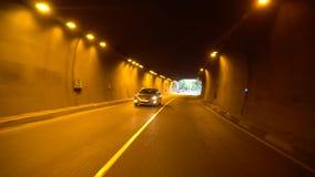 Управлять автомобилем на дороге через тоннель, Georgia акции видеоматериалы