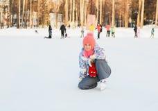 управлять зимой розвальней потехи skating стоковое фото rf