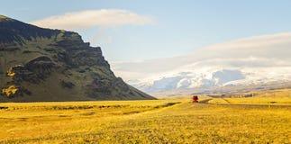 Управлять кольцевой дорогой Исландией Стоковая Фотография