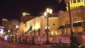 Управлять на прокладке Лас-Вегас на ноче - изумительные гостиницы и казино - США 2017 акции видеоматериалы