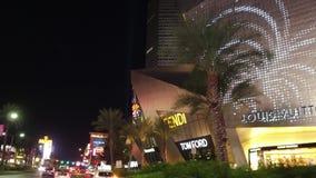 Управлять на прокладке Лас-Вегас на ноче - изумительные гостиницы и казино - США 2017 видеоматериал