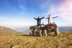 Управлять пар внедорожный с велосипедом квада или ATV Стоковое Изображение RF