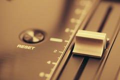 Управление по тангажу профессионального turntable dj Стоковое Фото