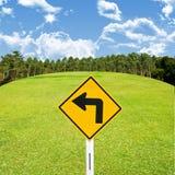 Управляйте автомобилем в концепции couse гольфа Стоковая Фотография