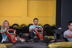 Управлять группы людей идет-Kart гонка Karting Стоковое Изображение RF