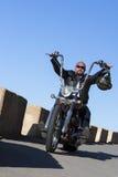 Управлять мотоциклиста тяпки Стоковая Фотография RF