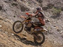 Управлять мотоцилк гористый Стоковое Изображение RF