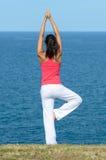 Уравновешение и море Стоковая Фотография RF