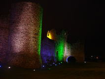 уравновешивание nightshot Ирландии замока стоковые изображения rf