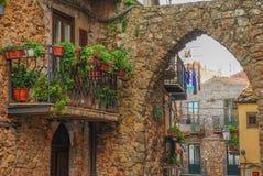 Урбанизированный центр городка Pollina в Сицилии стоковое изображение