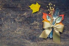 Урегулирование места осени благодарения с столовым прибором Стоковое Изображение