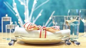 Урегулирование места таблицы праздника с фокусом на салфетке Стоковая Фотография