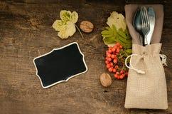 Урегулирование места осени благодарения с столовым прибором Стоковая Фотография