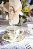 Урегулирование места чаепития для таблиц приема по случаю бракосочетания Стоковое Фото