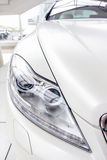 урожай автомобиля предпосылки легко включил вне путь для того чтобы vector белизна Стоковая Фотография