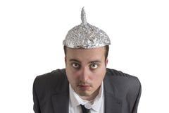 Урод конспирации с головой алюминиевой фольги Стоковые Фото