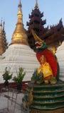 Усаженное изображение Будды на пагоде Shwedagon Стоковые Изображения RF