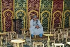 усаженный человек khayma Стоковое Фото