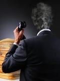 Усиленная головка бизнесмена взрывает стоковые фото