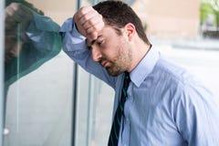Усиленный и утомлянный портрет выражения стороны менеджера Стоковая Фотография