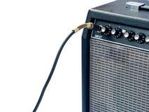Усилитель гитары при изолированный кабель jack Стоковая Фотография RF