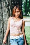 Усмехаться девушки естественного портрета красивый азиатский Родная азиатская красота азиатская женщина Стоковые Фотографии RF