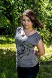 усмехаться девушки сада Стоковое Изображение RF