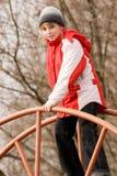 усмехаться напольной спортивной площадки девушки милый Стоковые Фотографии RF