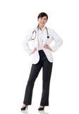 Усмехаясь азиатская женщина доктора медицины стоковое фото rf