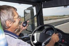 Усмехаясь водитель грузовика Стоковая Фотография RF