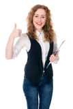 Усмехаясь выставка большого пальца руки бизнес-леди поднимающая вверх Стоковые Фотографии RF