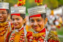 Усмехаясь девушки в Shillong в Meghalaya Стоковое фото RF