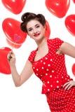 Усмехаясь молодая привлекательная женщина девушки при красные изолированные губы стоковое фото rf